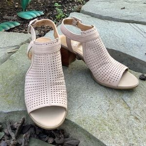 Franco Sarto Harlet2 Sandal 👡